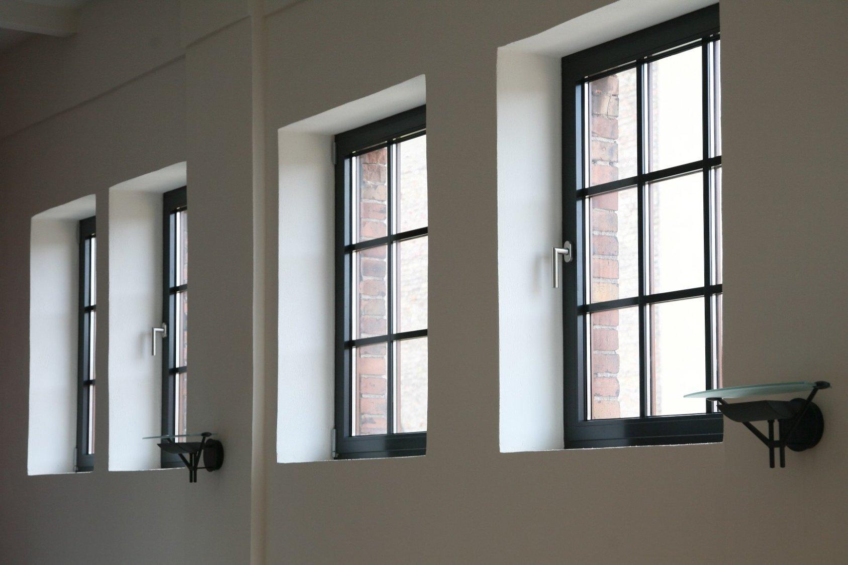 Full Size of Alu Fenster Osnabrck Kunststoff Aluminium Haustren Einbauen Sichtschutz Rolladen Mit Eingebauten Jalousien Lüftung Sonnenschutzfolie Drutex Test Fenster Alu Fenster