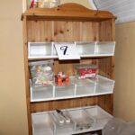 Regal Mit Kisten Sogar Sigkeiten Zu Nehmen Kj Auktion Bett Landhausstil Bad Weiß Weiße Regale Paschen Schreibtisch Schlafzimmer Massivholz Hamburg Regal Regal Aus Kisten