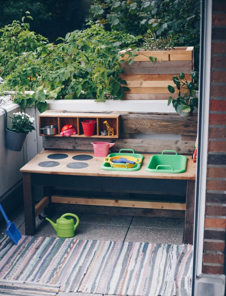 Medium Size of Outdoor Küche Selber Bauen Diy Matschkche Aus Altem Tisch Upcycling Idee Einbauküche Nolte Günstig Was Kostet Eine Bodenbeläge Wandbelag Modulküche Ikea Wohnzimmer Outdoor Küche Selber Bauen