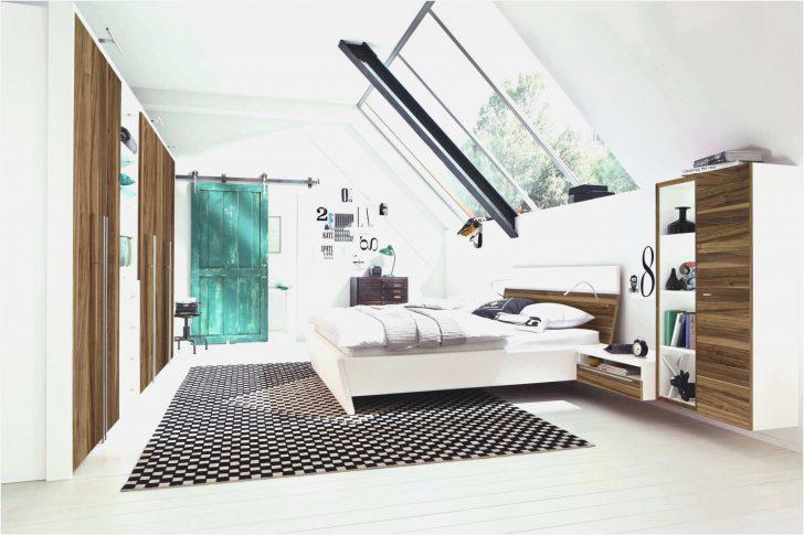 Medium Size of Schlafzimmer Dekorieren Einrichten Traumhaus Stuhl Für Deko Stehlampe Set Weiß Lampe Landhaus Deckenleuchte Massivholz Komplett Günstig Landhausstil Wohnzimmer Schlafzimmer Dekorieren