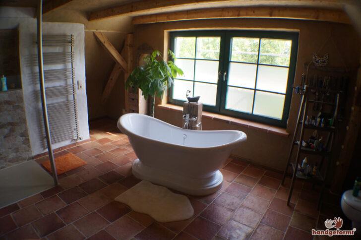 Medium Size of Bodengleiche Duschen Fliesenspiegel Küche Selber Machen Fliesen Dusche Wickelbrett Für Bett Regal Dachschräge Regale Dachschrägen Behindertengerechte Dusche Fliesen Für Dusche