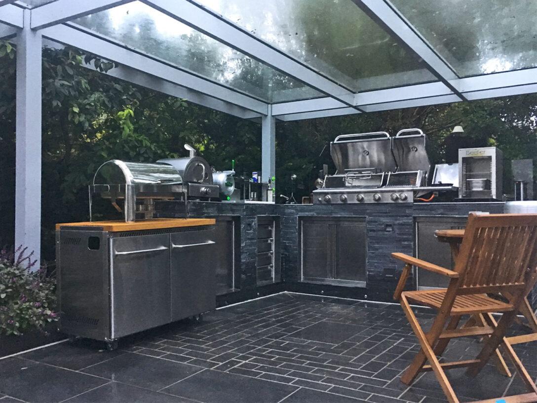 Full Size of Outdoor Küche Gebraucht Laminat In Der Ohne Oberschränke Elektrogeräte Wasserhahn Kaufen Günstig Lüftungsgitter Unterschränke Kräutertopf Sideboard Wohnzimmer Outdoor Küche Gebraucht