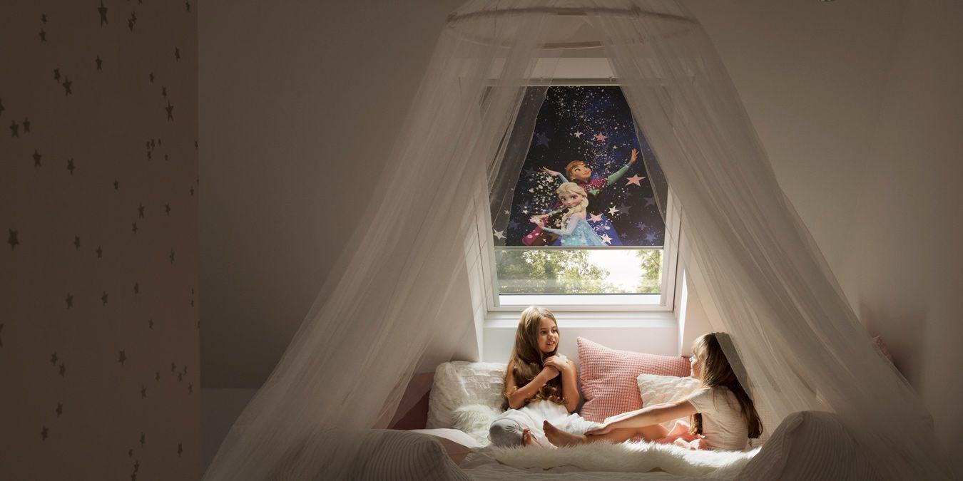 Full Size of Rollo Kinderzimmer Junge Eule Ikea Dunkel Wolken Rosa Blickdicht Klemmfix Verdunkelung Sterne Rollos Jungen Einschlafen Mit Den Disney Helden Fenster Kinderzimmer Rollo Kinderzimmer