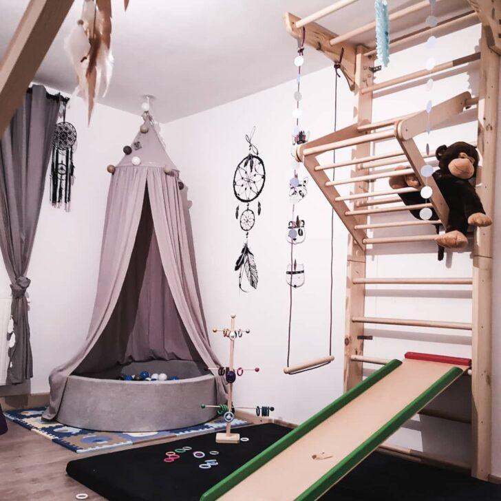 Medium Size of Sprossenwand And Blle Ad Klettergerst Im Kinderzimmer Regal Weiß Sofa Regale Kinderzimmer Sprossenwand Kinderzimmer