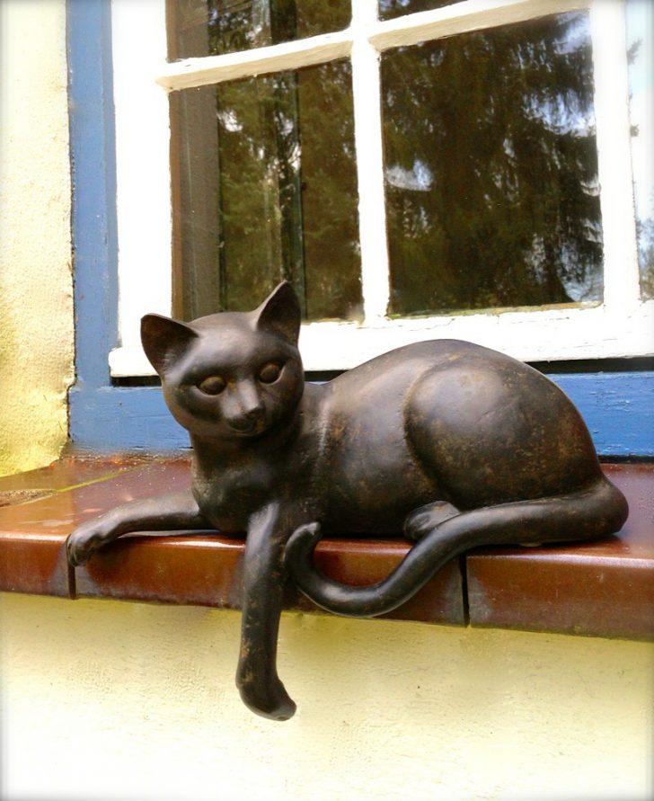 Medium Size of Fensterbank Dekorieren Skulptur Katze Wohnzimmer Fensterbank Dekorieren