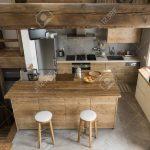 Holzküchen Holzkche Im Landhausstil Lizenzfreie Fotos Wohnzimmer Holzküchen