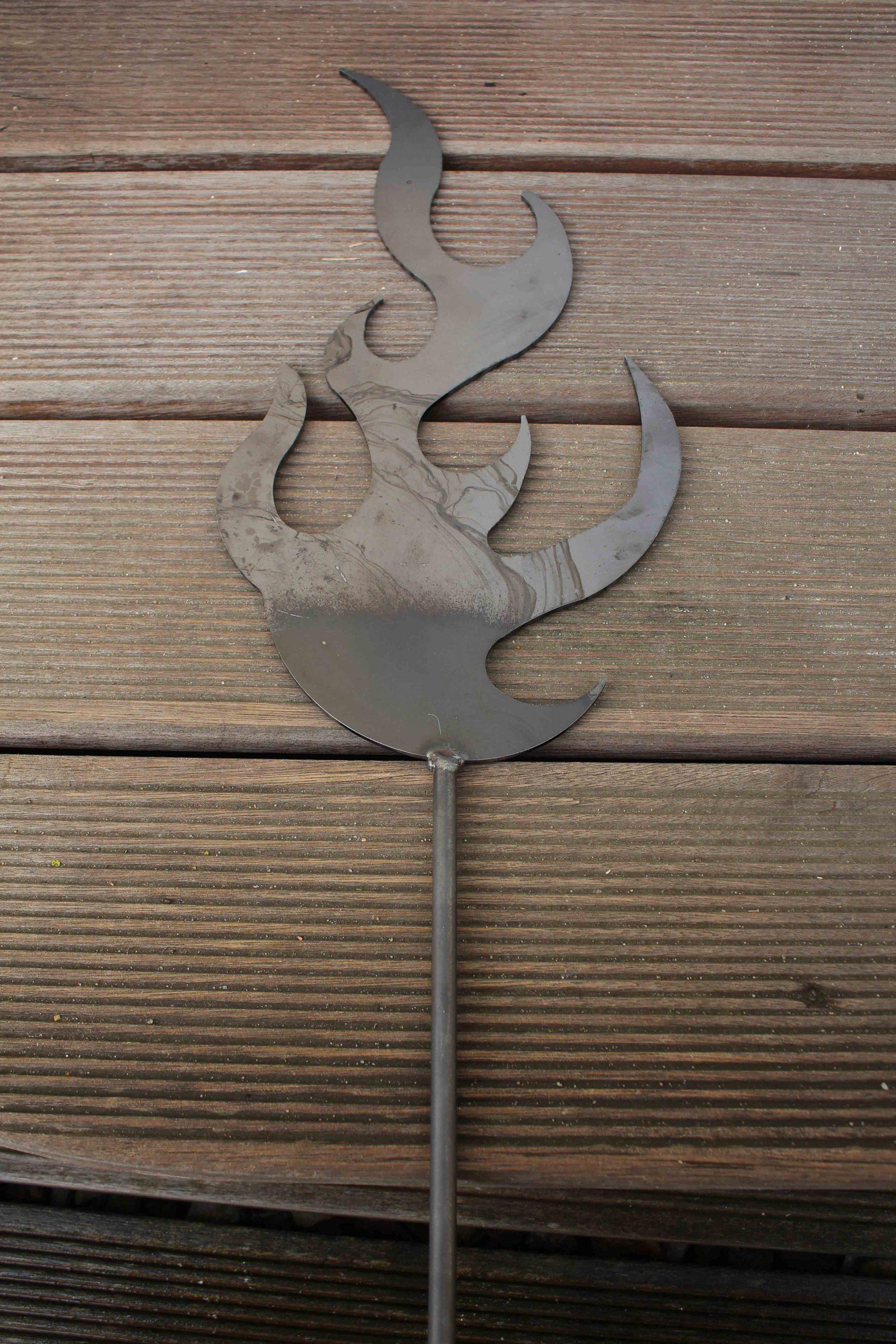 Full Size of Gartendeko Aus Holz Und Metall Flamme Metallkunst Holzhaus Garten Runder Esstisch Ausziehbar Weiß Regal Obstkisten Thailand Rundreise Baden Landhaus Wohnzimmer Gartendeko Aus Holz Und Metall