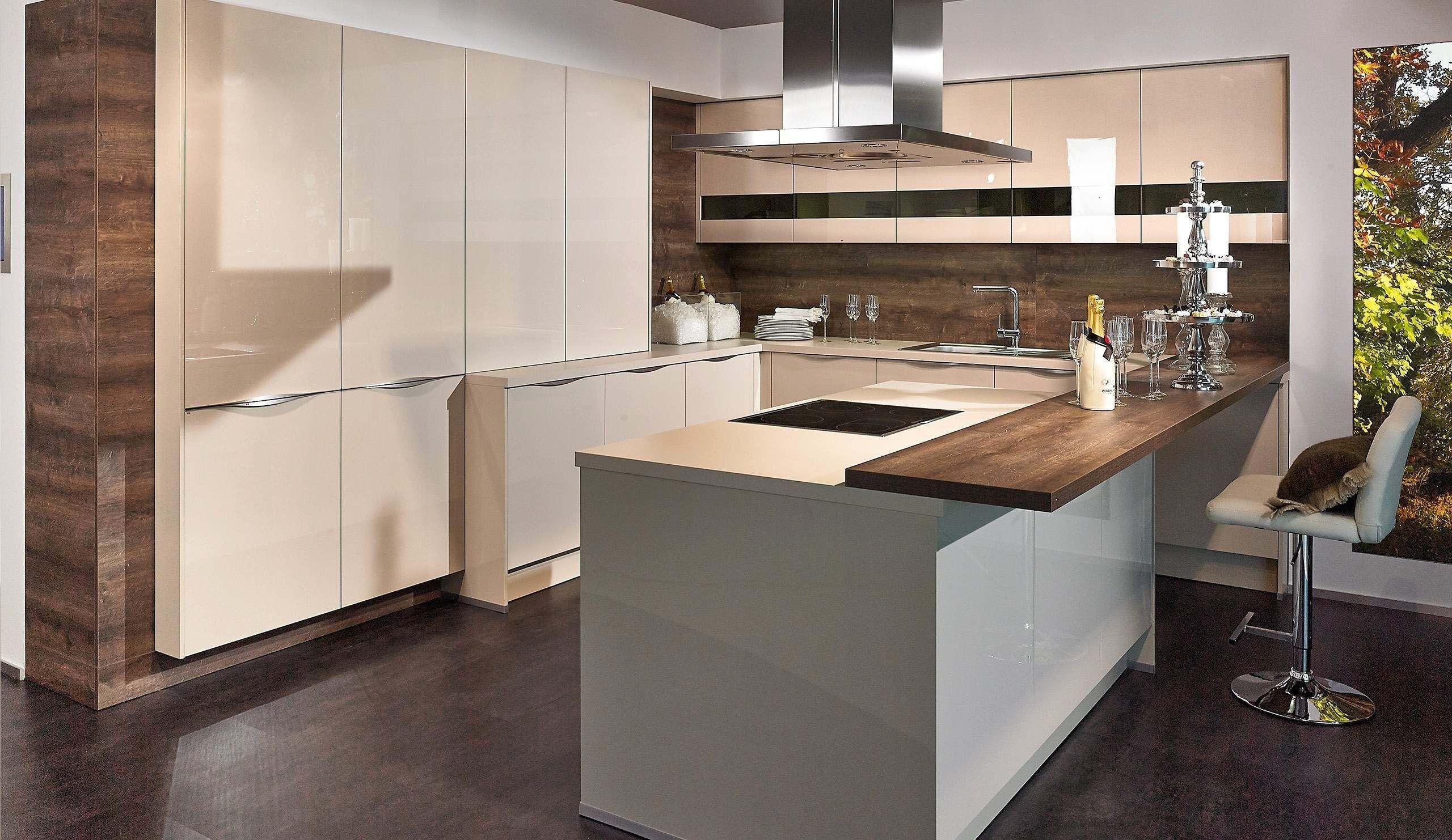 Full Size of 47 Schn Roller Kchen Mit Aufbau Kitchen Background Regale Küchen Regal Wohnzimmer Roller Küchen