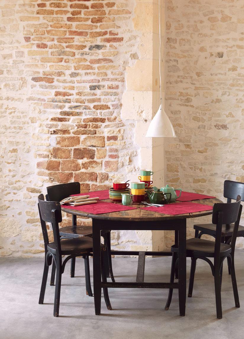 Full Size of Runder Esstisch Bilder Ideen Couch Massivholz 160 Ausziehbar Modern Weiß Holzplatte Deckenlampe Rund Ausziehbarer Mit 4 Stühlen Günstig Esstische Industrial Esstische Bogenlampe Esstisch