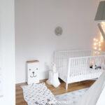 Messlatte Kinderzimmer Se Zum Beschriften Pnktchen Und Buntfleck Regal Weiß Sofa Regale Kinderzimmer Messlatte Kinderzimmer