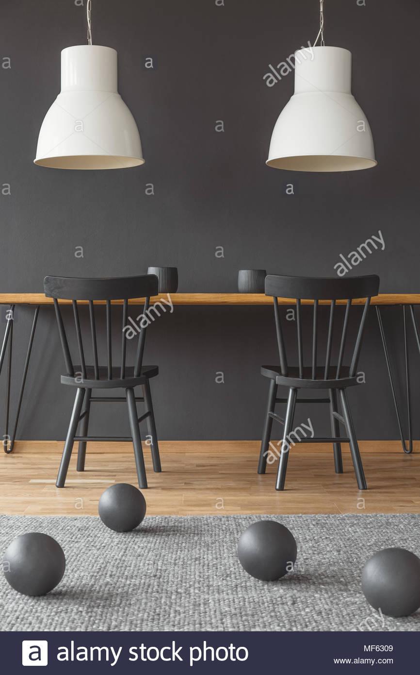 Full Size of Lampen Esstisch Zwei Set Günstig Musterring Led Wohnzimmer Beton Vintage Und Stühle Esstische Design Weiß Ausziehbar Teppich Quadratisch Rund Mit Stühlen Esstische Lampen Esstisch