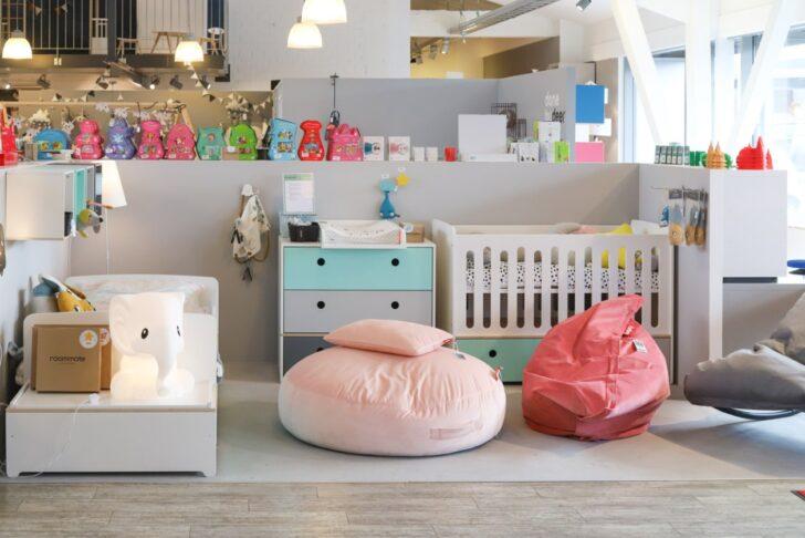 Medium Size of Jungen Kinderzimmer Auf Der Suche Nach Einem Neuen Kinderbett Fr Das Gemeinsame Regal Regale Sofa Weiß Kinderzimmer Jungen Kinderzimmer