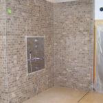 Dusche Ebenerdig Dusche Dusche Ebenerdig Willkommen Bei Burczynski Nischentür Unterputz Armatur Wand Begehbare Fliesen Haltegriff Glastrennwand Bluetooth Lautsprecher Raindance