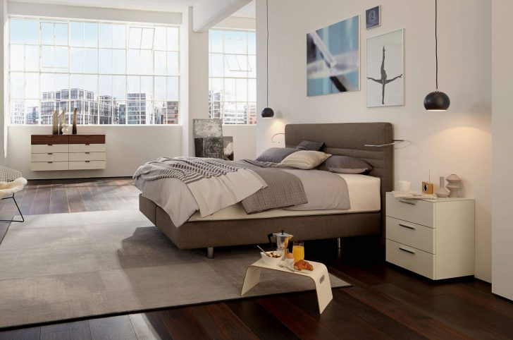 Medium Size of Schlafzimmer Lampen Hlsta Wohnzimmer Elegant 2020 Kommoden Komplett Poco Kommode Stuhl Für Günstig Deko Mit überbau Sessel Truhe Lattenrost Und Matratze Wohnzimmer Schlafzimmer Lampen