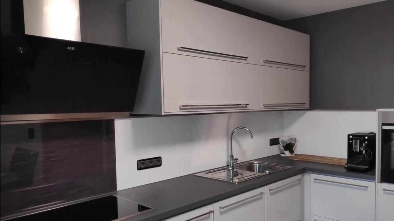 Full Size of Ikea Kche Ringhult Hellgrau Hochglanz Youtube Wandbelag Küche Vorratsdosen Armatur Obi Einbauküche Kurzzeitmesser Mit Elektrogeräten Wasserhähne Selber Wohnzimmer Küche Hellgrau