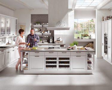 Küche Ikea Wohnzimmer Küche Ikea Nobilia Und Kchen Im Vergleich Was Ist Besser Wo Liegt Der Pantryküche Mit Kühlschrank Holzküche Einbau Mülleimer Gardine Waschbecken Holz