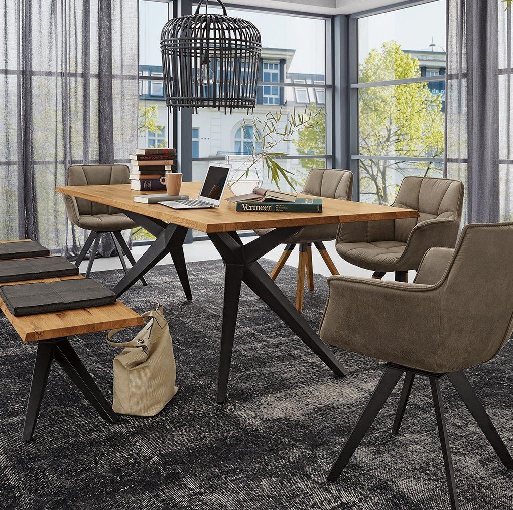 Full Size of Stühle Esstisch Runder Ausziehbar Weiß Designer Lampen Moderne Esstische Massiver Mit Stühlen Rustikal Holz Baumkante Massiv Holzplatte Deckenlampe Rund Esstische Stühle Esstisch