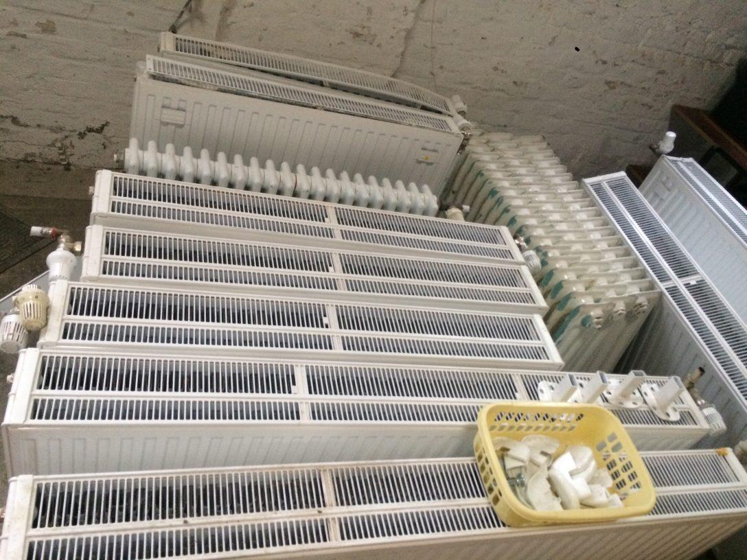 Large Size of Heizkörper Kaufen Heizkrper Diverse Gren Arten Auf Sofa Verkaufen Big Velux Fenster Regale Bett Aus Paletten Elektroheizkörper Bad Dusche Betten Günstig Wohnzimmer Heizkörper Kaufen