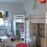 Raumteiler Kinderzimmer Kinderzimmer Raumteiler Kinderzimmer Was Fr Neue Teppiche Und Weg Mit Den Tapetentieren Regal Regale Weiß Sofa
