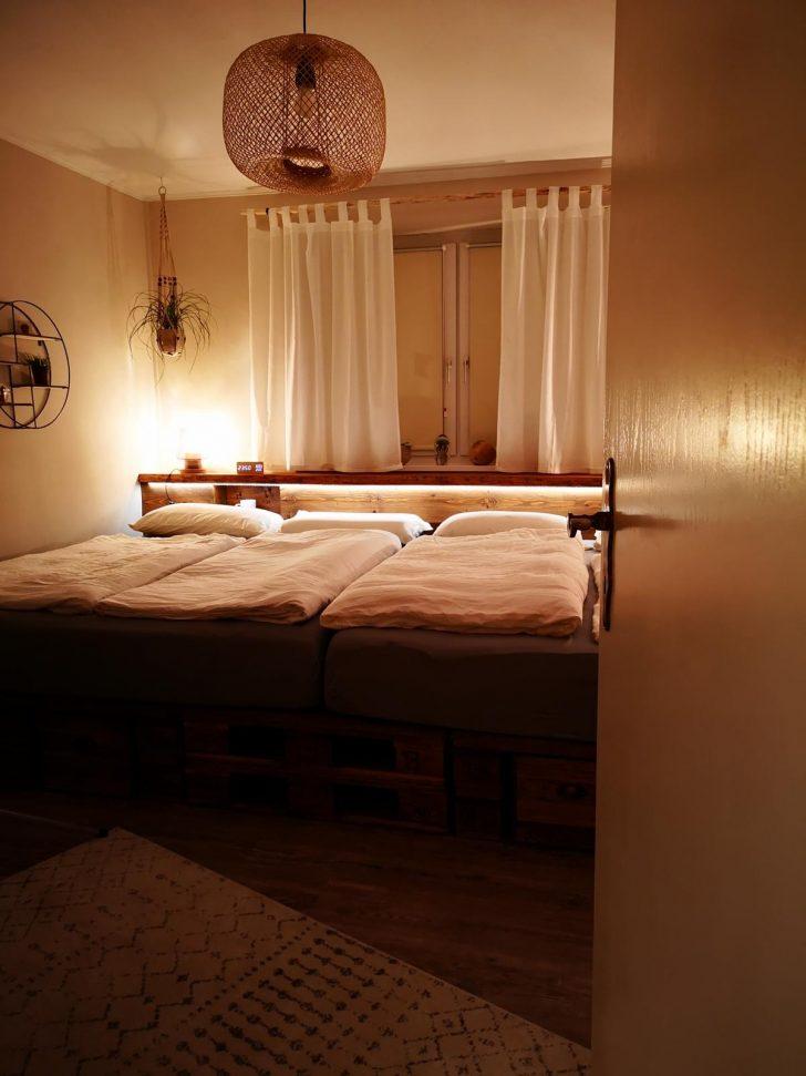 Medium Size of Palettenbett 140x200 Selber Bauen Kaufen Europaletten Betten Bett Mit Bettkasten Günstige Weiß Weißes Stauraum Paletten Matratze Und Lattenrost Günstig Wohnzimmer Palettenbett 140x200