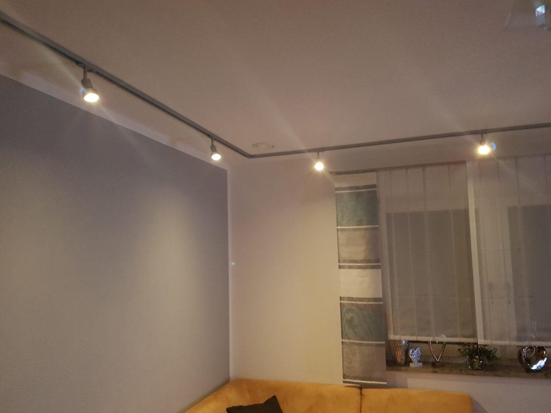Large Size of Wohnzimmer Beleuchtung Wie Sie Ihr Ideal Beleuchten Decke Im Bad Badezimmer Tagesdecke Bett Fenster Deckenstrahler Indirekte Mit Weihnachtsbeleuchtung Wohnzimmer Indirekte Beleuchtung Decke