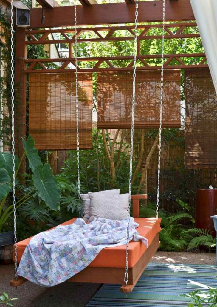 Medium Size of Outdoor Bett Better Homes And Garden Betty Barclay Jacket Bench Seat Gardens Designed By Collection Balkon Puredown Beetles Education Rugs Manteau Parka Wohnzimmer Outdoor Bett