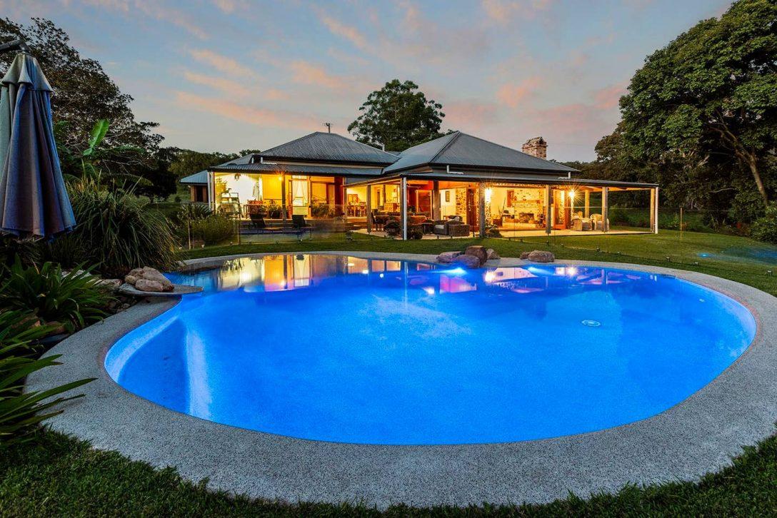 Large Size of Kanimbia Homestead Self Isolate On 50 Acres Houses For Rent In Swimmingpool Garten Obi Fenster Immobilienmakler Baden Einbauküche Pool Im Bauen Whirlpool Wohnzimmer Obi Pool
