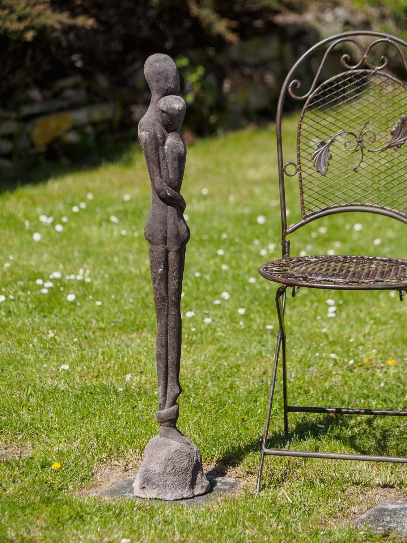 Full Size of Eisen Skulptur Statue Liebe Paar Moderne Garten 98cm Aubaho Kopfteil Für Bett Wellnesshotels Baden Württemberg Regale Keller Ecksofa Stapelstühle Fsj Bad Wohnzimmer Skulpturen Für Den Garten