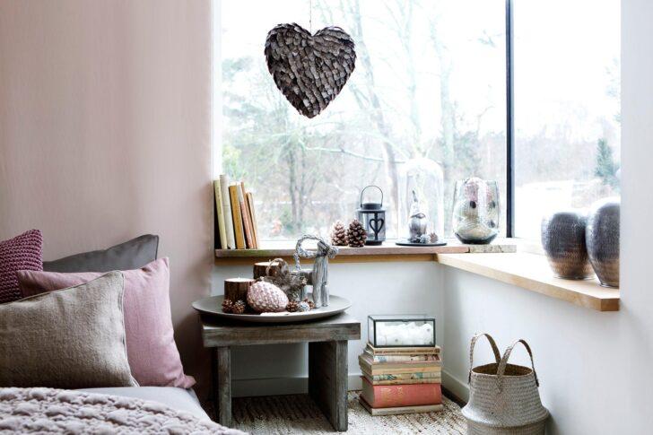 Medium Size of Schlafzimmer Deko Romantische Tagesdecke Nachttisc Landhaus Günstig Teppich Weißes Wandlampe Wandbilder Luxus Komplett Massivholz Led Deckenleuchte Sessel Wohnzimmer Schlafzimmer Deko