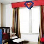 Kinderzimmer Für Jungs Dekoration Mit Superhelden Motiven Aus Den Comicheften Alarmanlagen Fenster Und Türen Regal Dachschräge Kleidung Tagesdecken Betten Kinderzimmer Kinderzimmer Für Jungs