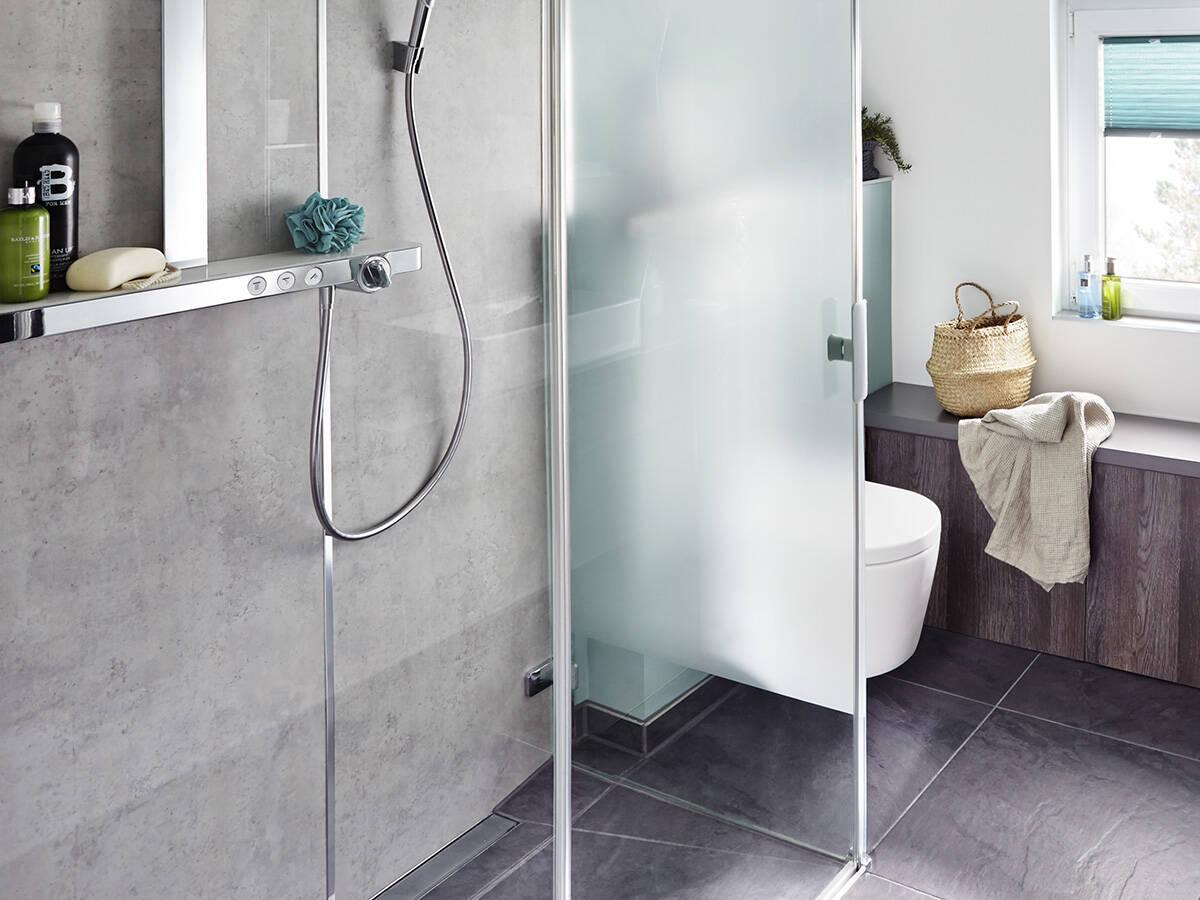 Full Size of Kleine Moderne Duschen Bodengleiche Ebenerdig Dusche Ohne Fliesen Gemauert Bilder Gefliest Badezimmer Modernes Sofa Esstische Deckenleuchte Wohnzimmer Sprinz Dusche Moderne Duschen