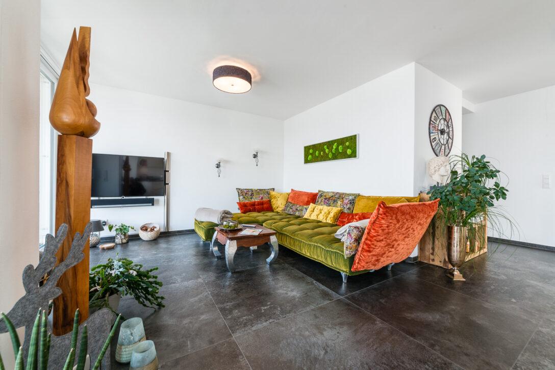 Large Size of Wohnzimmer Modern Holz Luxus Dekorieren Einrichten Modernisieren Streichen Altes Dekoration Gestalten Mit Kamin Eiche Rustikal Grau Ideen Bilder Sessel Wohnzimmer Wohnzimmer Modern