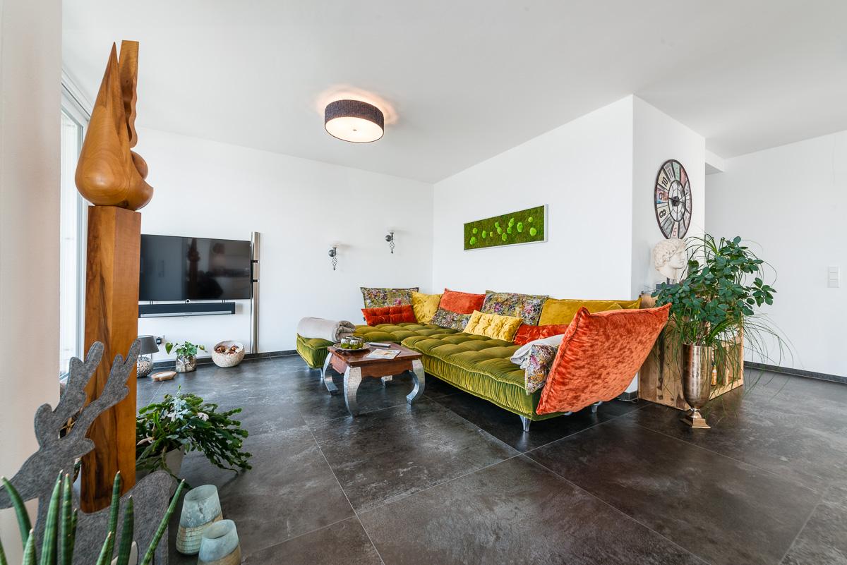 Full Size of Wohnzimmer Modern Holz Luxus Dekorieren Einrichten Modernisieren Streichen Altes Dekoration Gestalten Mit Kamin Eiche Rustikal Grau Ideen Bilder Sessel Wohnzimmer Wohnzimmer Modern