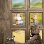 Schaukel Kinderzimmer Kinderzimmer Teddy Schaut Aus Fenster Warten Auf Die Regal Garten Sofa Weiß Schaukelstuhl Schaukel Für Regale