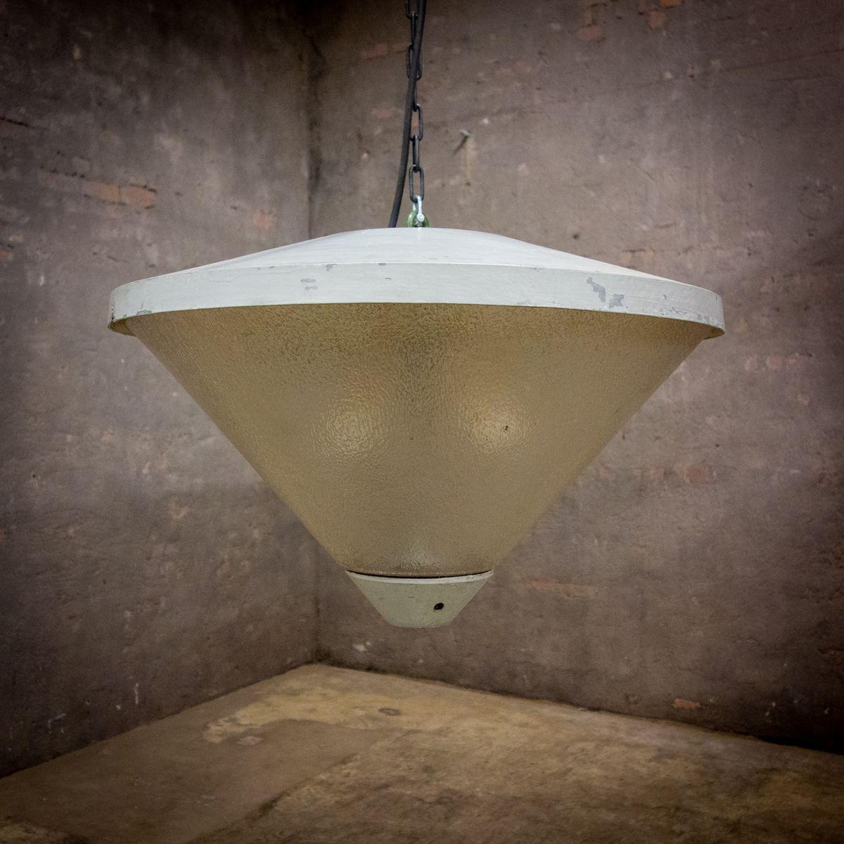 Full Size of Kristall Lampen Fabrikverkauf Wohnzimmer Deckenlampe Selber Vorhänge Deckenleuchte Schlafzimmer Modern Landhausstil Fototapete Deckenleuchten Teppich Wohnzimmer Wohnzimmer Deckenleuchte