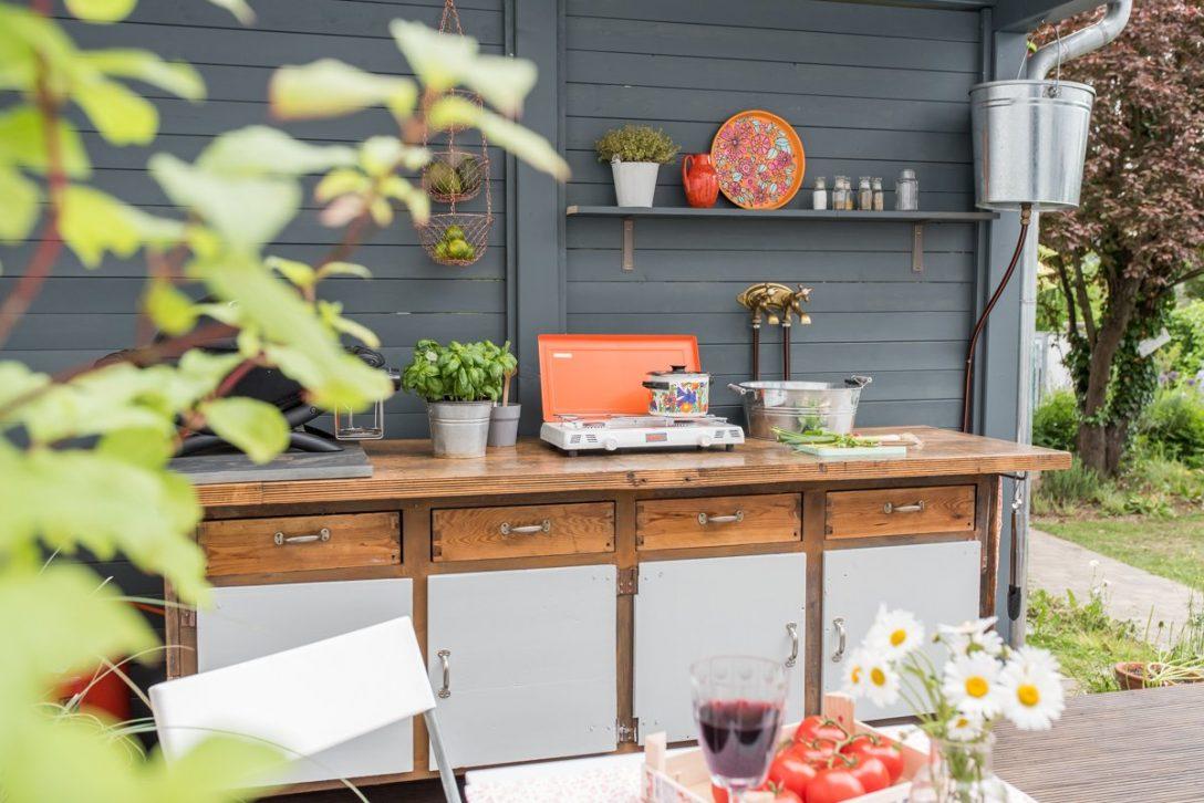 Large Size of Outdoor Küche Bauen Diy Upcycling Kche Aus Einer Werkbank Leelah Loves Ikea Kosten Modulküche Einbauküche L Form Mülltonne Led Panel Günstige Mit E Wohnzimmer Outdoor Küche Bauen
