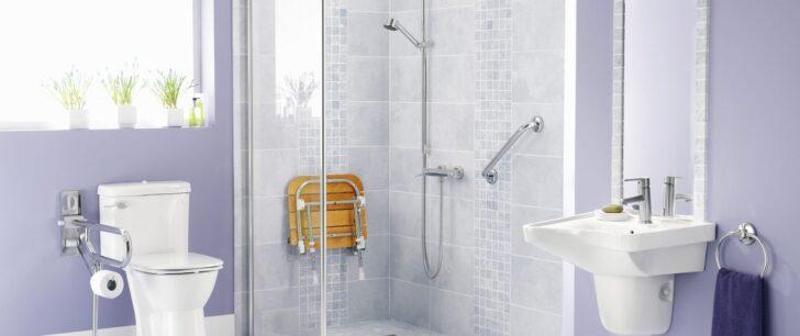 Medium Size of Haltegriff Dusche Sturzgefahr So Vermeiden Sie Strze Im Bad Angehrige Pflegen Walk In Kaufen Abfluss Glastrennwand Duschen Bidet Wand 80x80 Einbauen Fliesen Dusche Haltegriff Dusche
