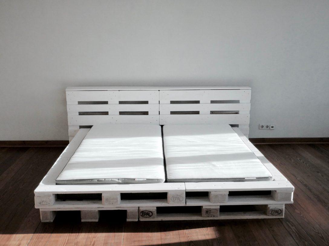 Large Size of Bett Paletten Aus Kaufen 160x200 120x200 Lattenrost Bauen 90x200 Selbst Wir Haben Ein Super Schnes 180x200 Cm Palettenbett Gebaut Wie Günstige Betten Mit Wohnzimmer Bett Paletten