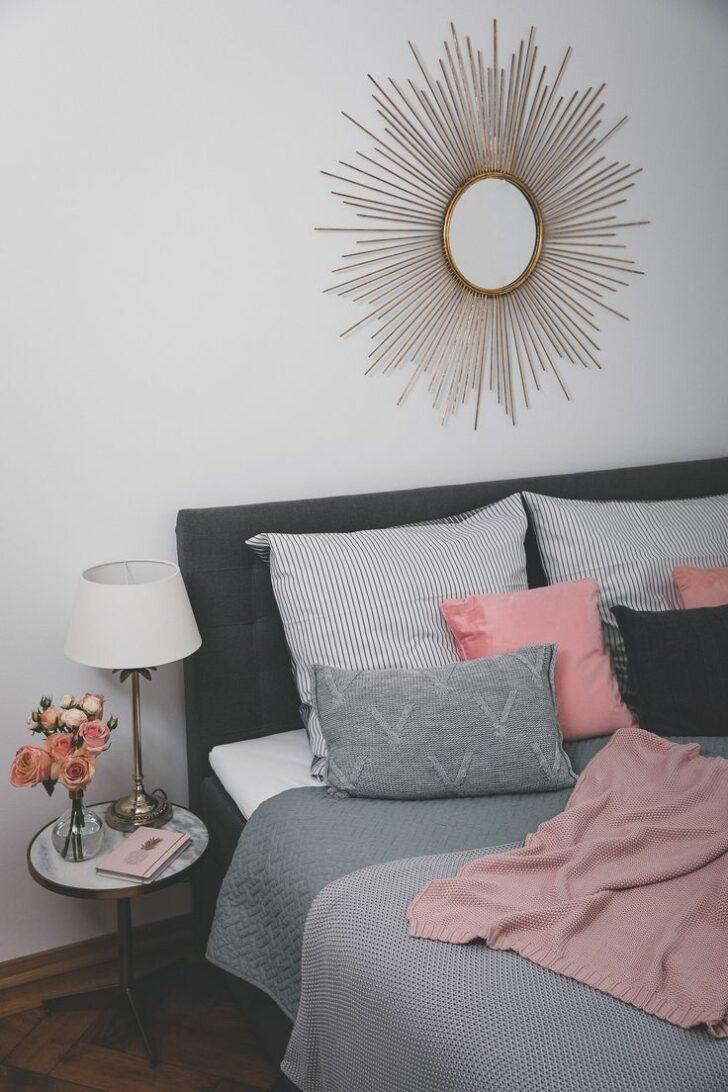 Medium Size of Wanddeko Schlafzimmer Unser Neues Mit Einem Boxspringbett Deckenleuchte Modern Massivholz Gardinen Für Kommode Weiß Deckenlampe Set Günstig Loddenkemper Wohnzimmer Wanddeko Schlafzimmer