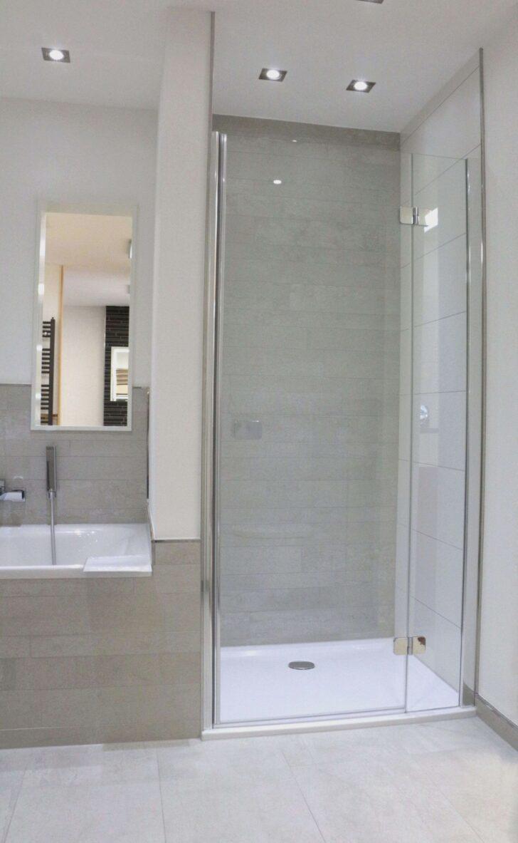 Medium Size of Ebenerdige Dusche Begehbare Bauen Duschen Glasabtrennung Mischbatterie Ohne Tür Haltegriff Breuer Fliesen Siphon Hüppe Bodengleiche 80x80 Bluetooth Dusche Ebenerdige Dusche