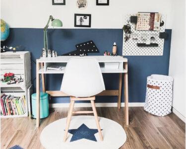 Jungen Kinderzimmer Kinderzimmer Jungen Kinderzimmer Dekoration Junge Ideen Pinterest Ikea Babyzimmer Streichen Wandgestaltung Auto Gestalten Dekorieren Deko Teppich Regal Weiß Sofa Regale
