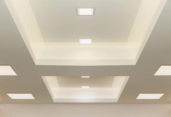 Medium Size of Indirekte Beleuchtung Decke Led Deckenleuchte Schlafzimmer Spiegelschrank Bad Mit Und Steckdose Deckenlampe Esstisch Wohnzimmer Deckenlampen Badezimmer Wohnzimmer Indirekte Beleuchtung Decke