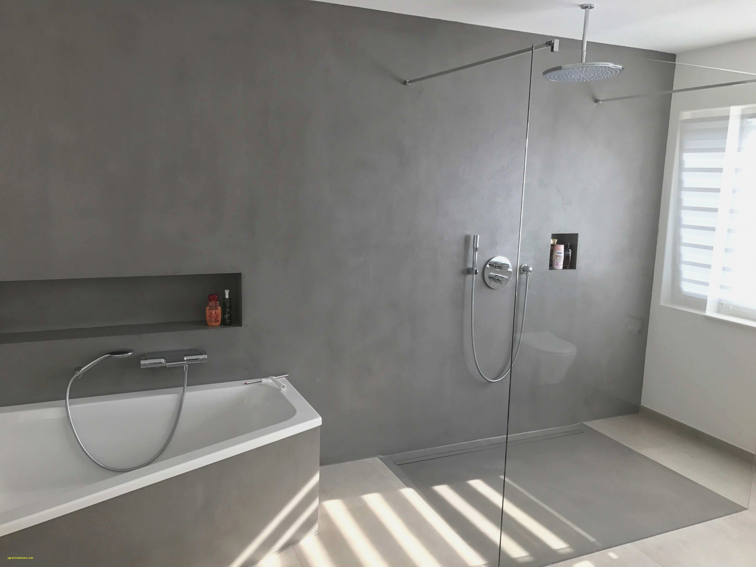 Full Size of Bodengleiche Dusche Abfluss Fliesen Glastür Einbauen Ebenerdig Glasabtrennung Badewanne Mit Für Siphon Komplett Set Ebenerdige Anal Hüppe Duschen Bidet Dusche Bodengleiche Dusche