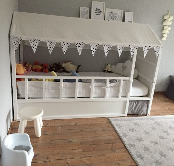 Medium Size of Ikea Bett Kinder Mommo Design Beds Hacks Wohnen Kura Designer Betten Mit Schreibtisch 160x200 Gepolstertem Kopfteil Stapelbar Jugendstil Bei 160x220 Bettkasten Wohnzimmer Ikea Bett Kinder
