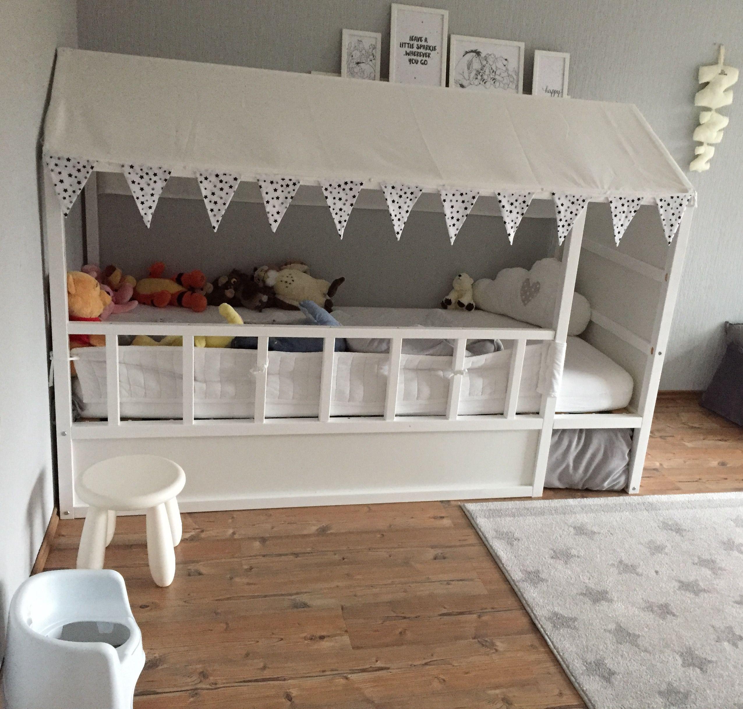 Full Size of Ikea Bett Kinder Mommo Design Beds Hacks Wohnen Kura Designer Betten Mit Schreibtisch 160x200 Gepolstertem Kopfteil Stapelbar Jugendstil Bei 160x220 Bettkasten Wohnzimmer Ikea Bett Kinder