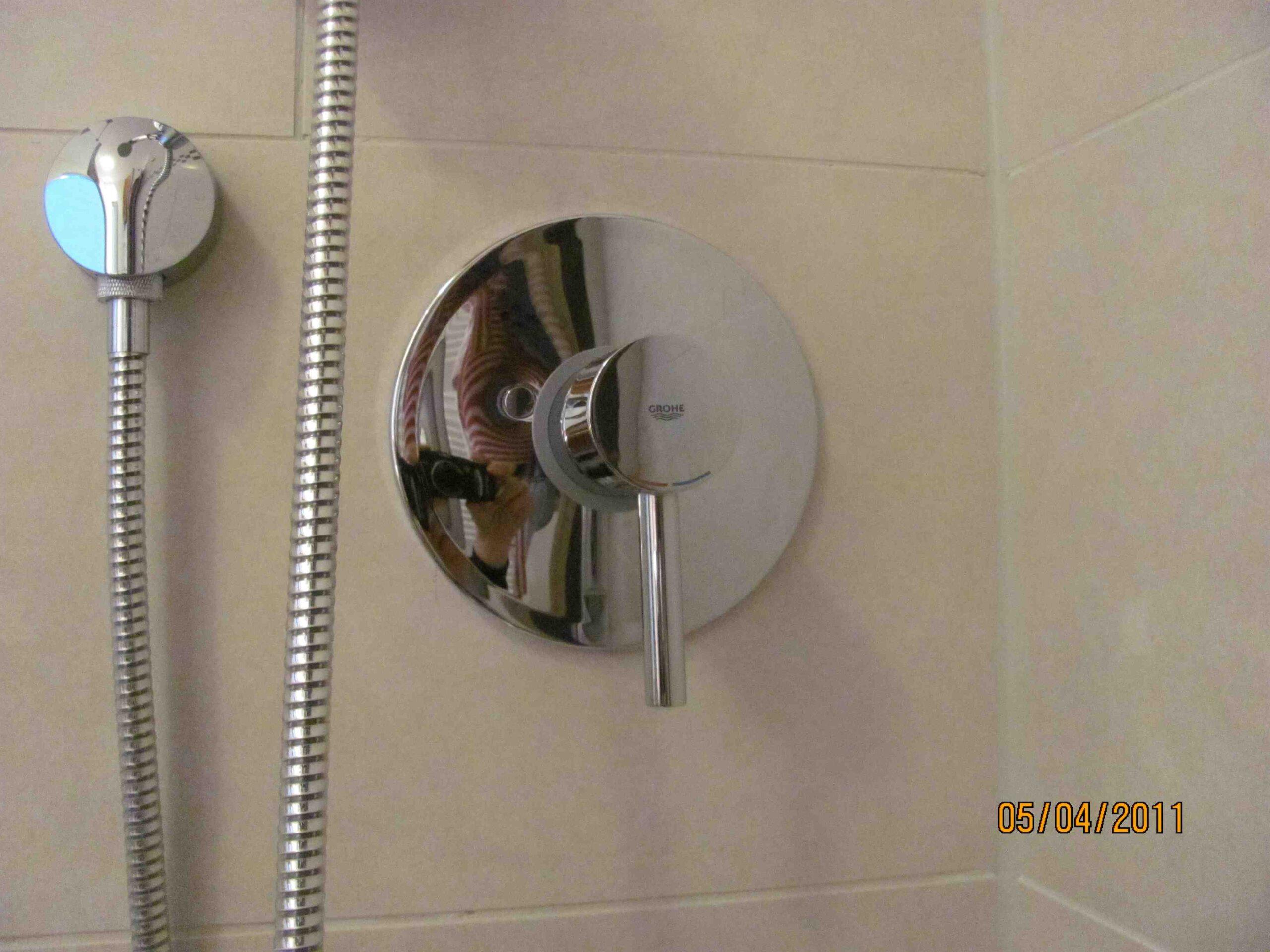 Full Size of Grohe Up Duscharmatur Rckfluverhinderer Haustechnikdialog Schiebetür Dusche Hüppe Bodengleiche Duschen Einbauen Kaufen Thermostat Walkin Eckeinstieg Dusche Grohe Thermostat Dusche