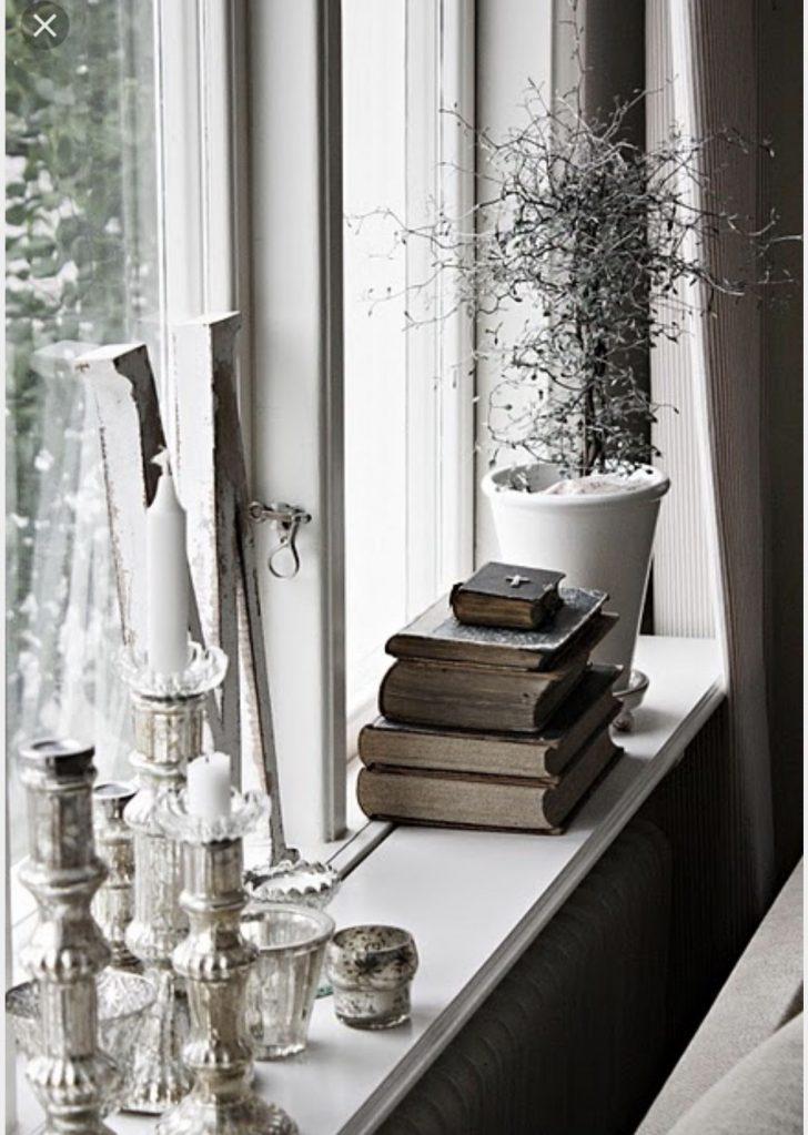 Medium Size of Fensterbank Dekorieren Pin Von Riikka Auf Sisustusideoita Fenster Dekor Wohnzimmer Fensterbank Dekorieren