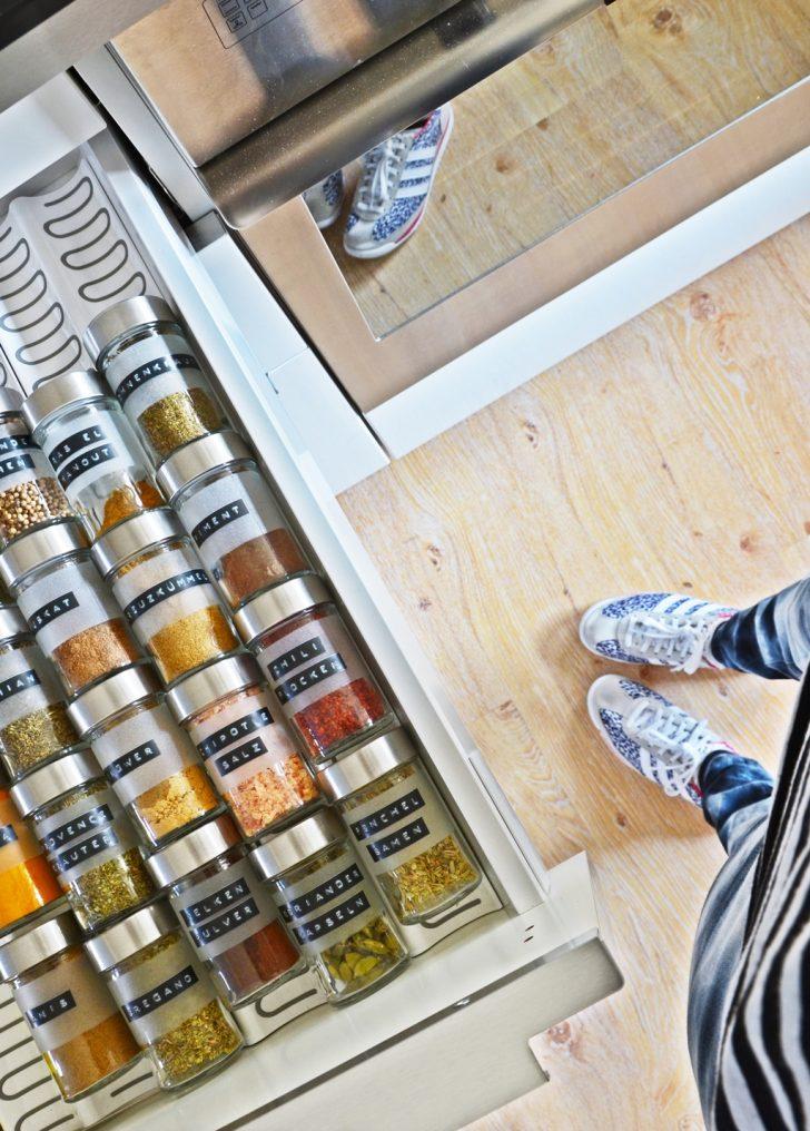 Medium Size of Meine Diy Vorratsglser Und Gewrz Aufbewahrung In Der Neuen Ikea Tapeten Für Die Küche Laminat Gardinen Buche Kaufen Tipps L Mit Elektrogeräten Sockelblende Wohnzimmer Aufbewahrung Küche