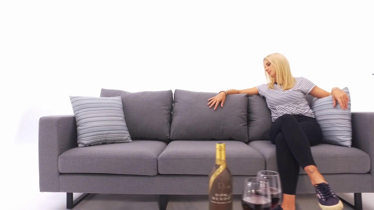 Full Size of Outdoor Sofa Wetterfest Ikea Couch Lounge Capri Grau Youtube Mit Holzfüßen Chesterfield Ecksofa Garten 3 Sitzer Rundes Rahaus Wildleder Aus Matratzen Wohnzimmer Outdoor Sofa Wetterfest