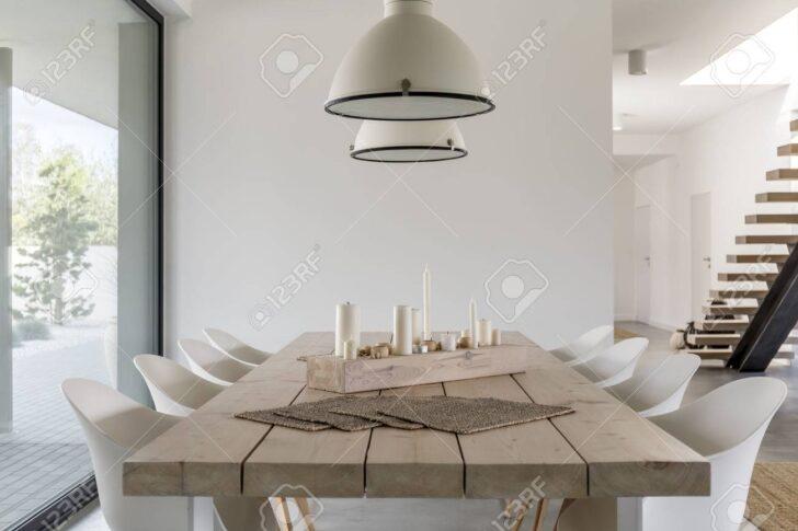 Medium Size of Lampen Esstisch Zimmer Mit Aus Holz Massiv Led Wohnzimmer Kleiner Massivholz 160 Ausziehbar Rund Und Stühle Esstische Grau Ausziehbarer Groß Weiß Ovaler Esstische Designer Lampen Esstisch